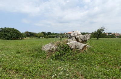 Building land in Valkarin near Porec
